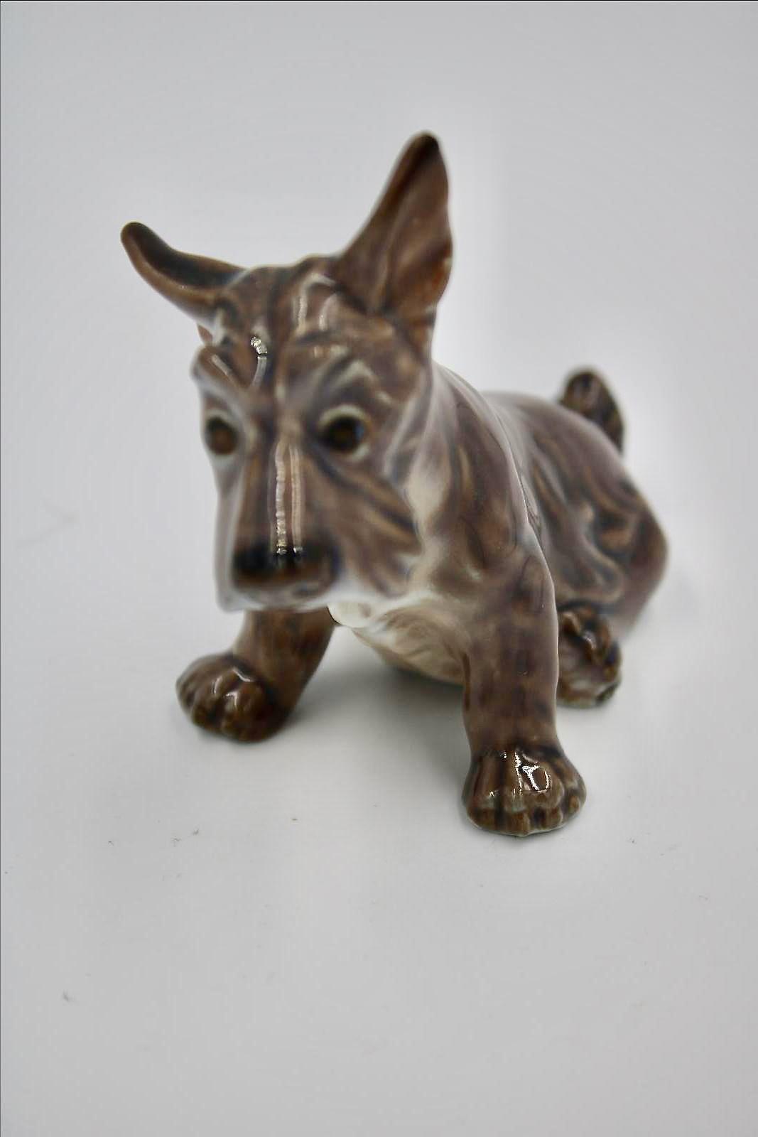 Dahl Jensen SCOTTISH TERRIER Dog Large Scottie Figurine No 1066 Denmark Porcelain 1st Quality Vintage